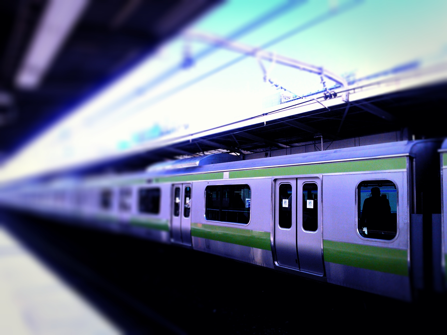 Yamanote line trains in Tokyo
